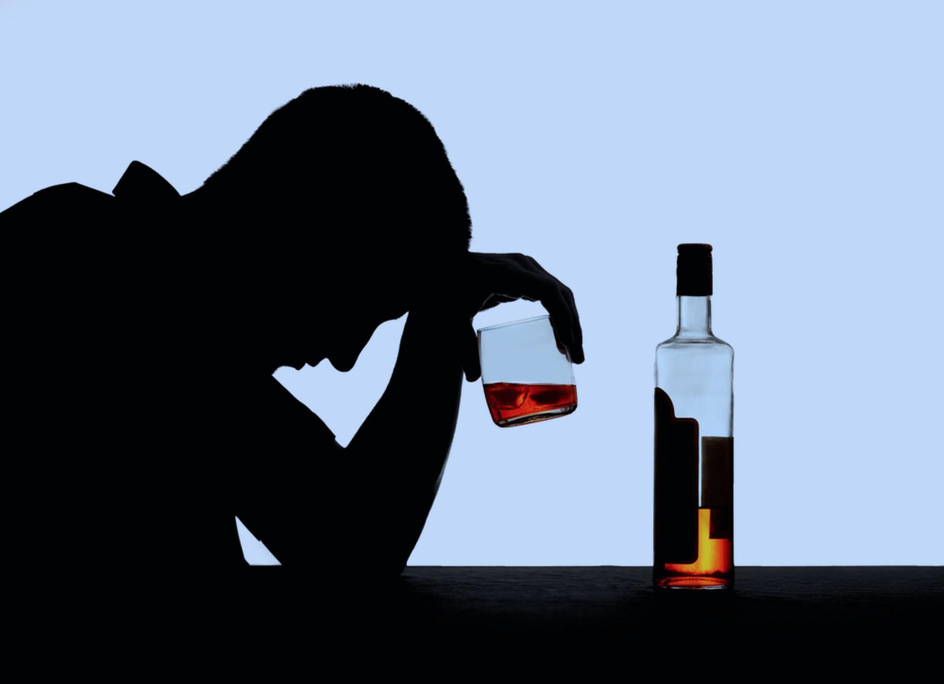 До и после: звезды, которым удалось побороть алкогольную зависимость